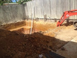 concrete-swimming-pool-under-construction